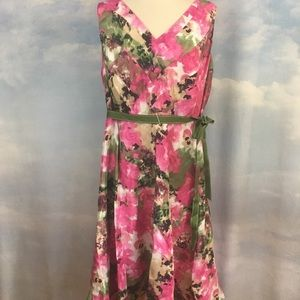 Avenue Pink & Green Dress Size 18